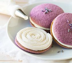 lavender whoopie pies