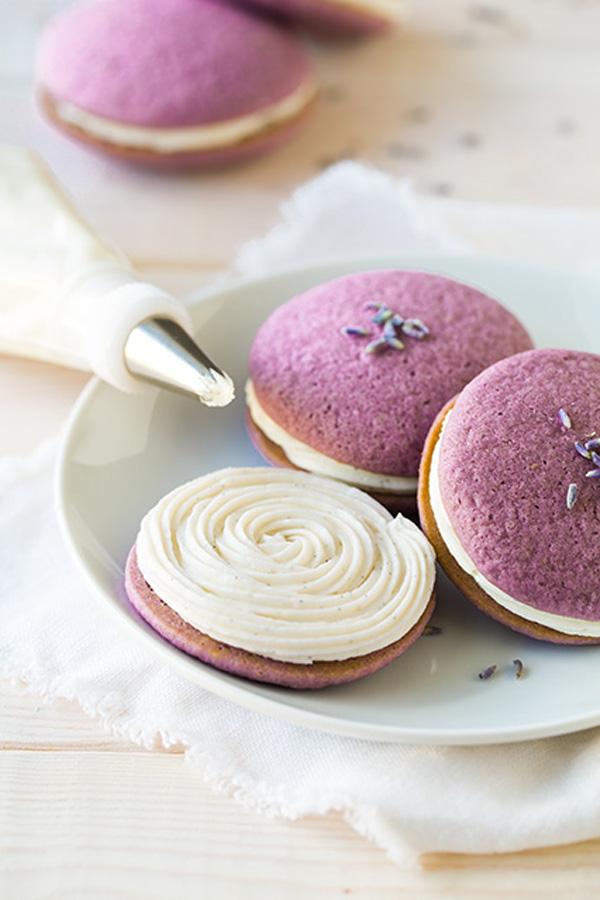 lavender whoopie pies vanilla bean frosting