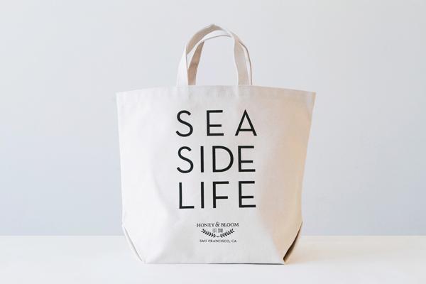 sea side life tote bag