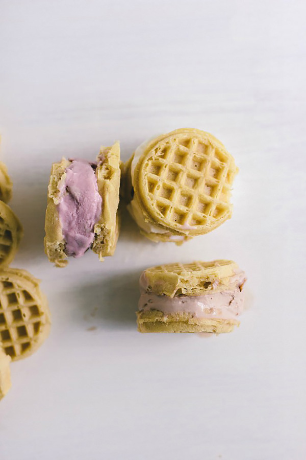 waffle-ice-cream-sandwiches2