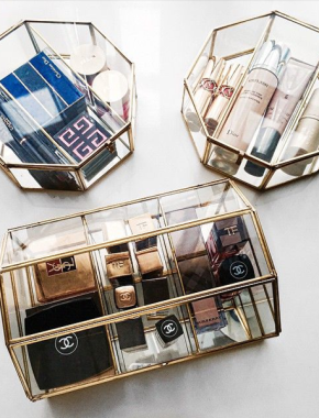 Make-up-organization