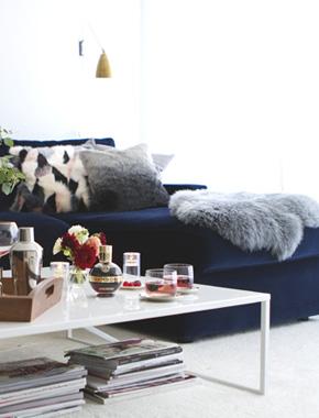 3_bar-in-modern-living-room