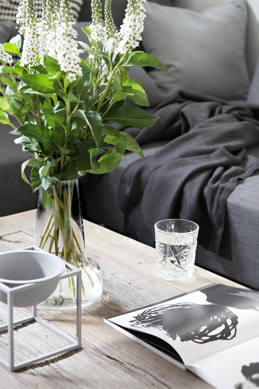 Grey_livingroom